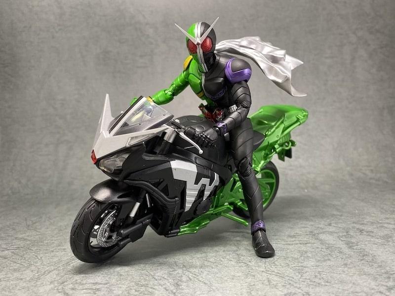 S.H.フィギュアーツ 仮面ライダーダブルのバイク ハードボイルダーの写真